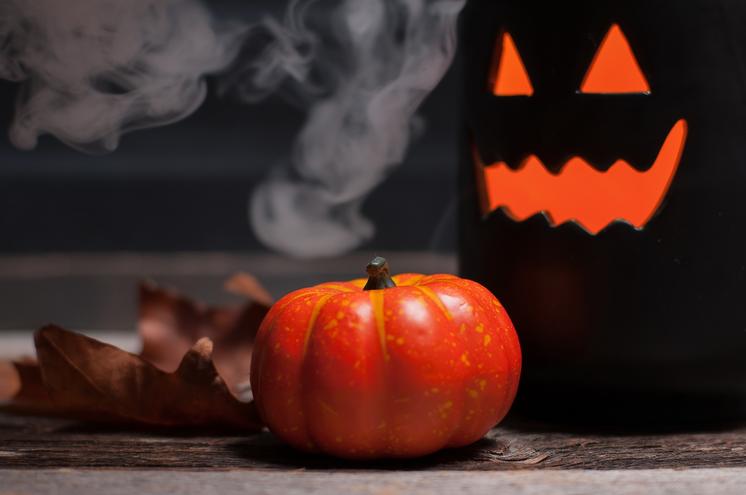 try dry ice for halloween decorations